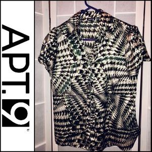 Apt 9 green & brown pattern fitted button down
